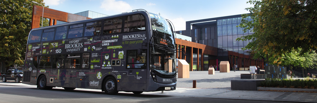A Brookes bus driving past our Headington Campus