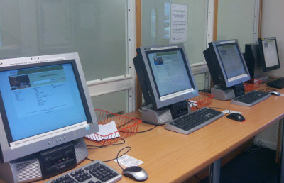 computers used for searching the Library's holdings