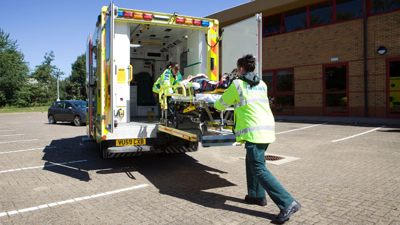 paramedic ambulance loading 800 x 450