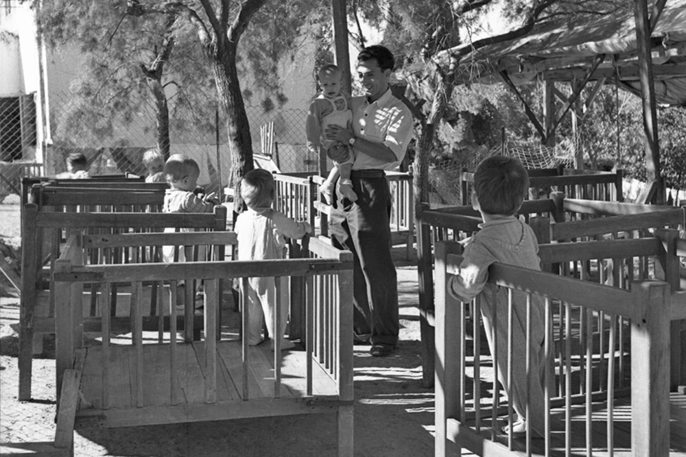 Communal Child Rearing on the Israeli Kibbutz between the years 1920-1960
