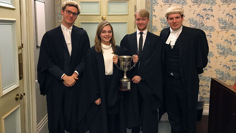 Undergraduate mooting final result