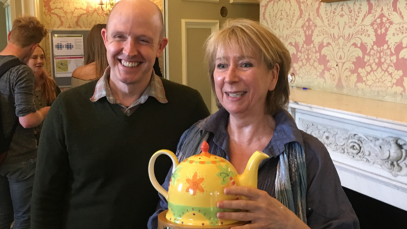 Dr Morag Joss wins Teaching Teapot Award