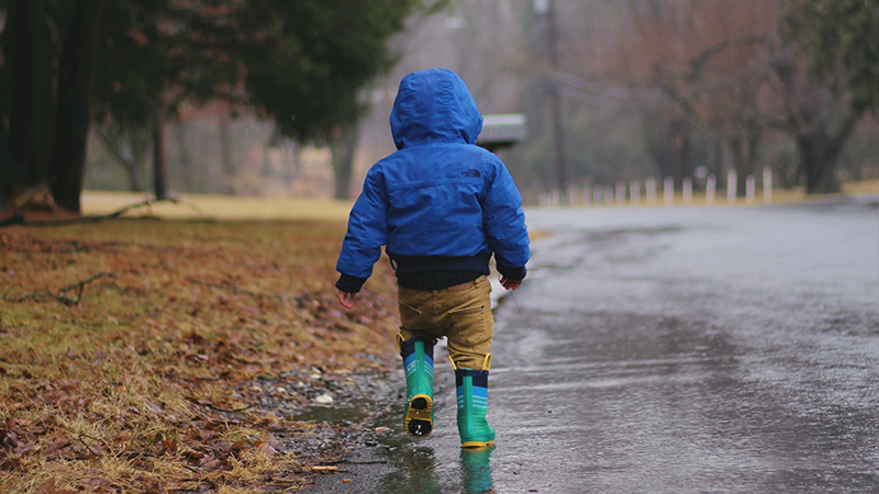 Academics donate outdoor clothing for disadvantaged babies and toddlers