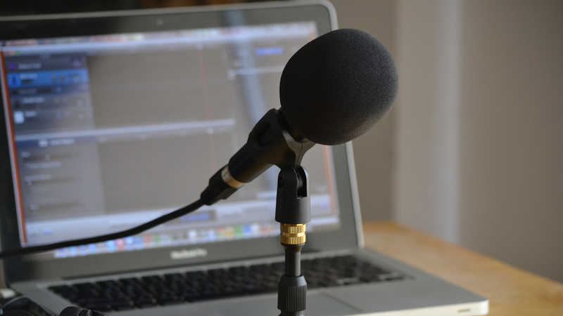 How to Succeed in Podcasting