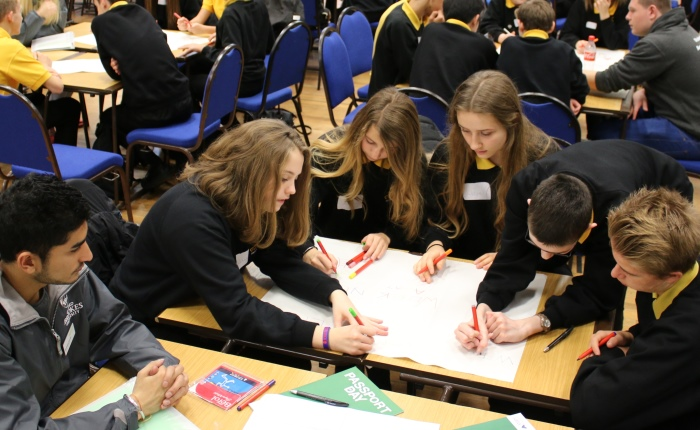Oxford Brookes holds Passport Day for Swindon school pupils